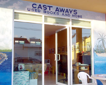Cast Aways bookstore in Mahahual